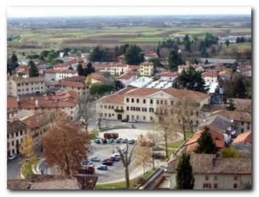 Fagagna_centro-piazza-300x225